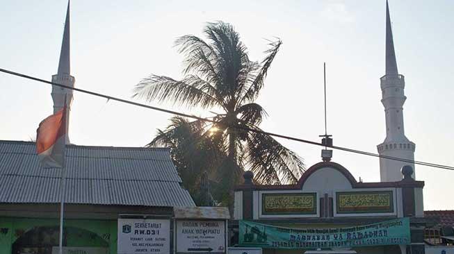 Kampung Luar Batang